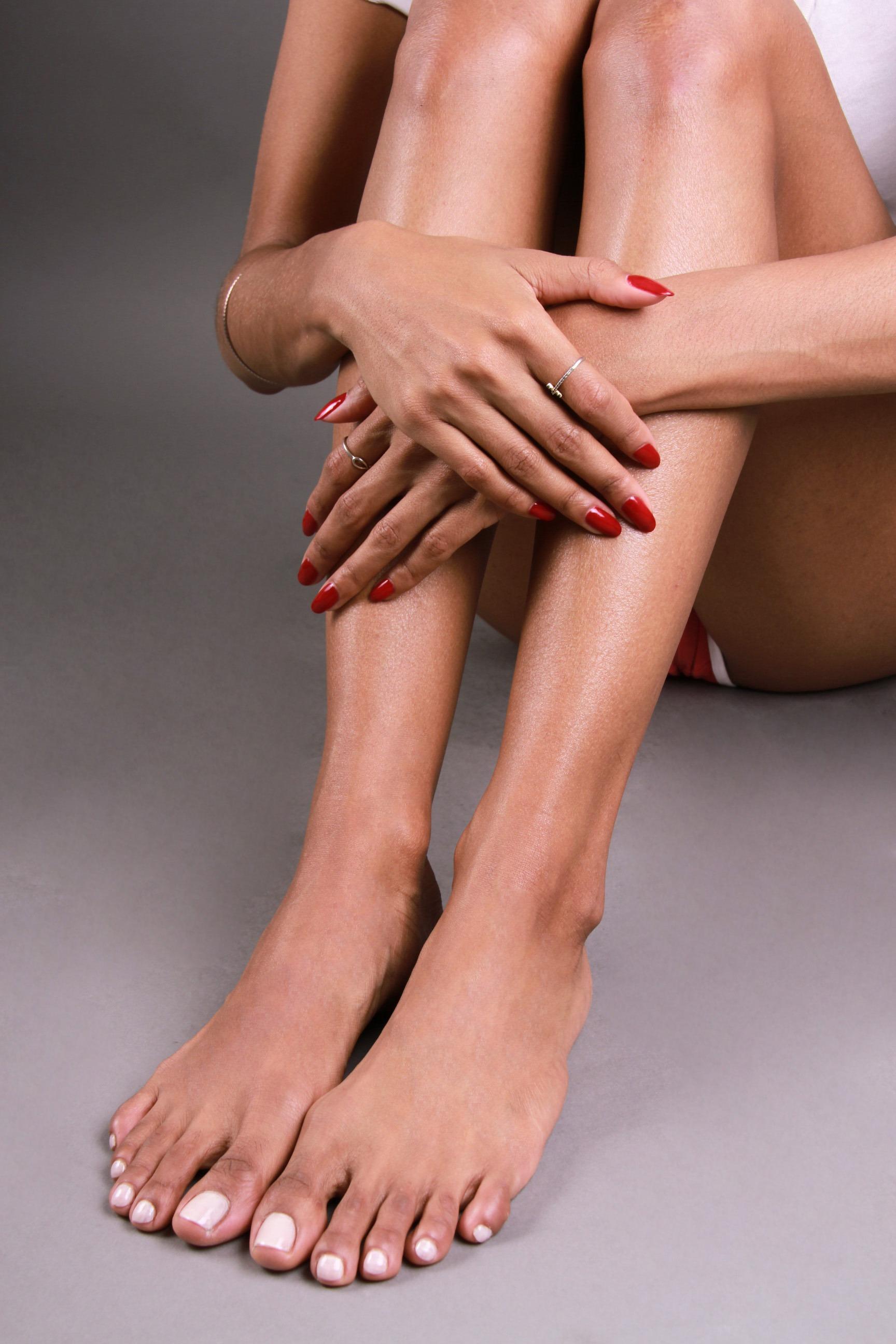 Elizabeth Grullon_Feet3
