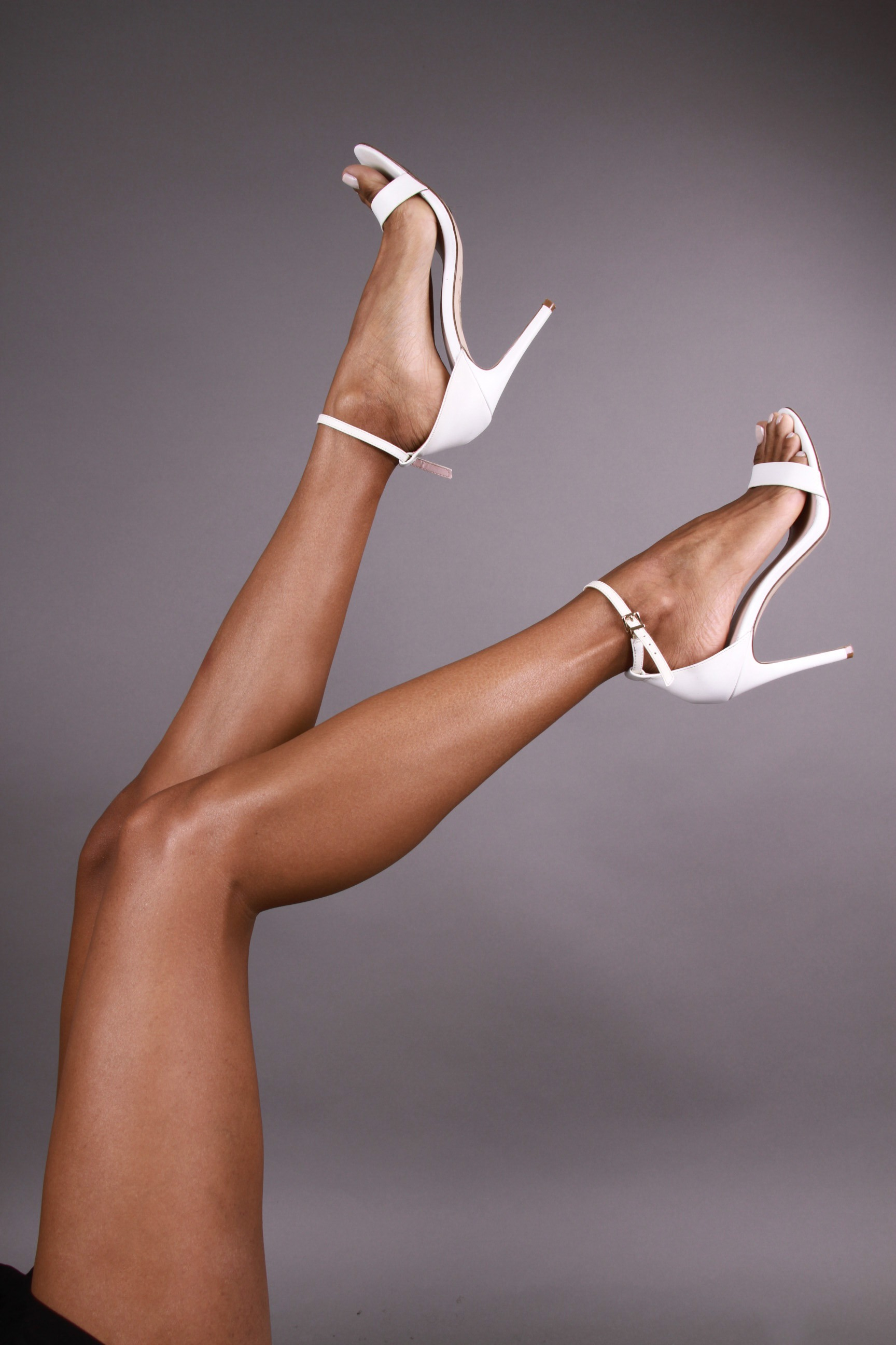 Elizabeth Grullon_Legs11