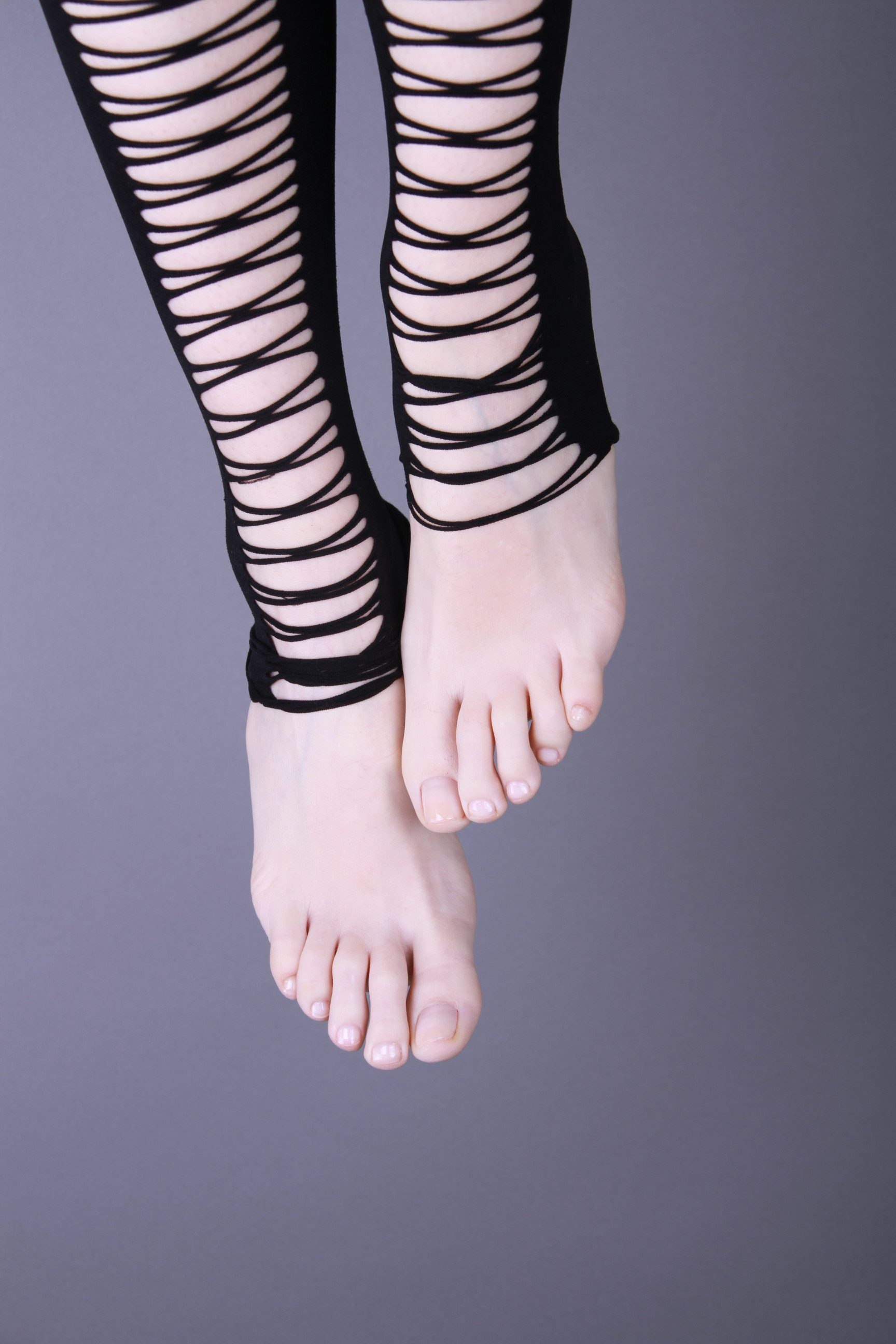 Filio Biniarou_Feet3