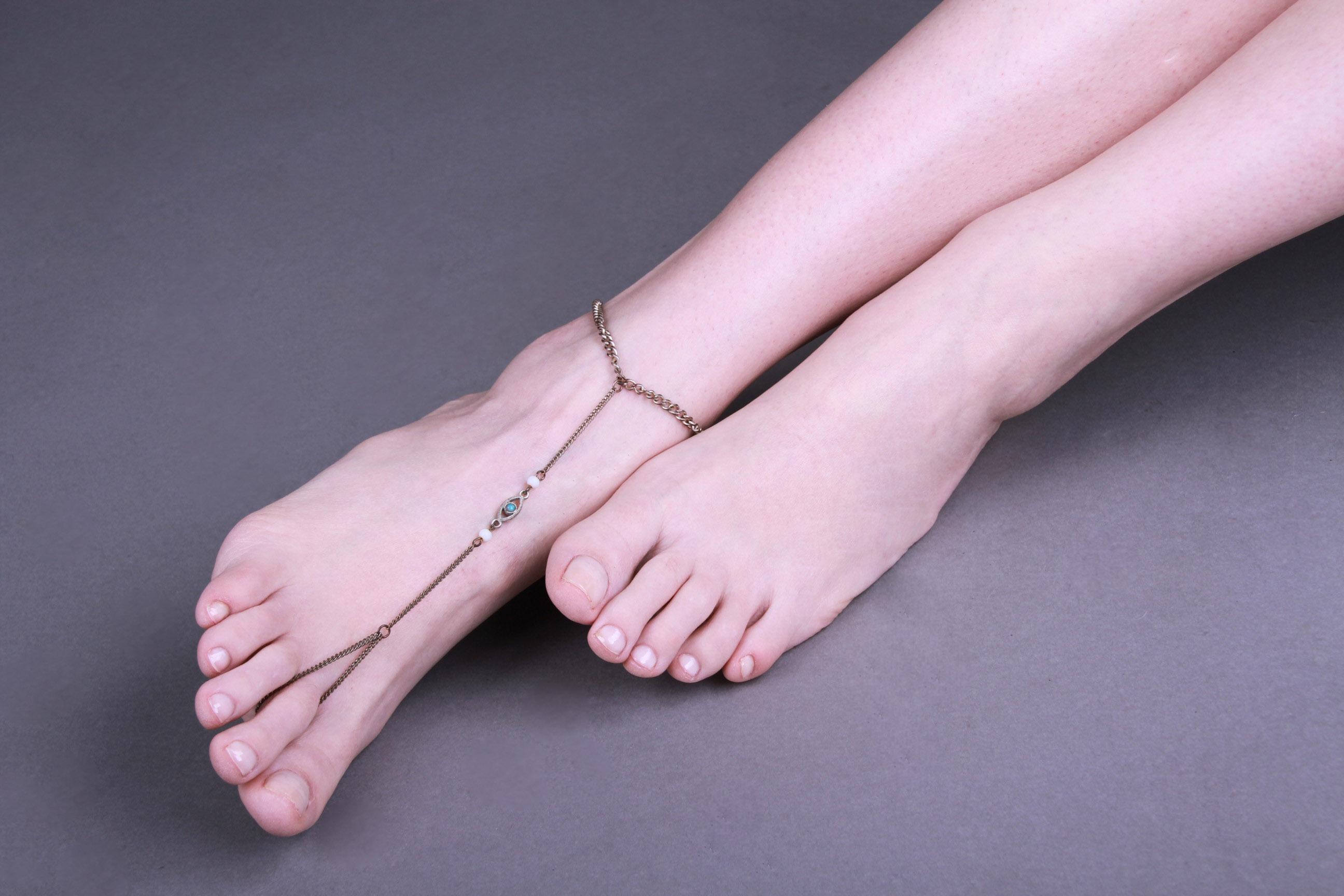 Filio Biniarou_Feet4