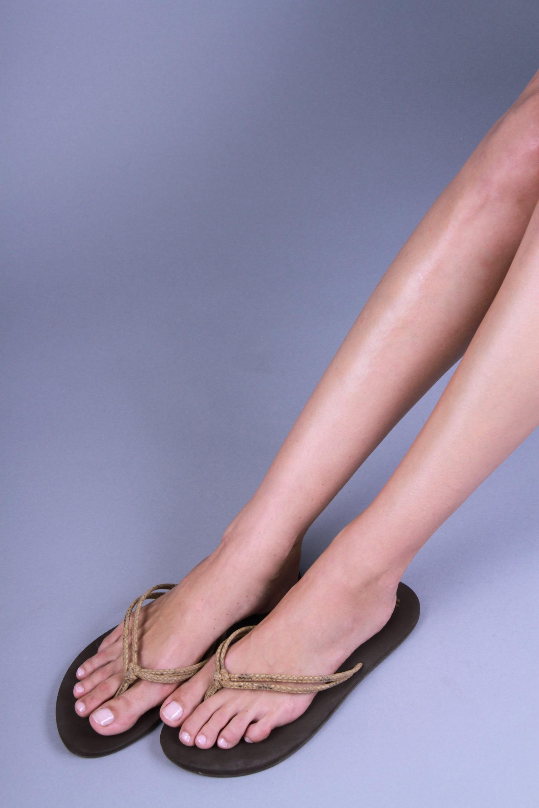 Brea Peck_Feet4