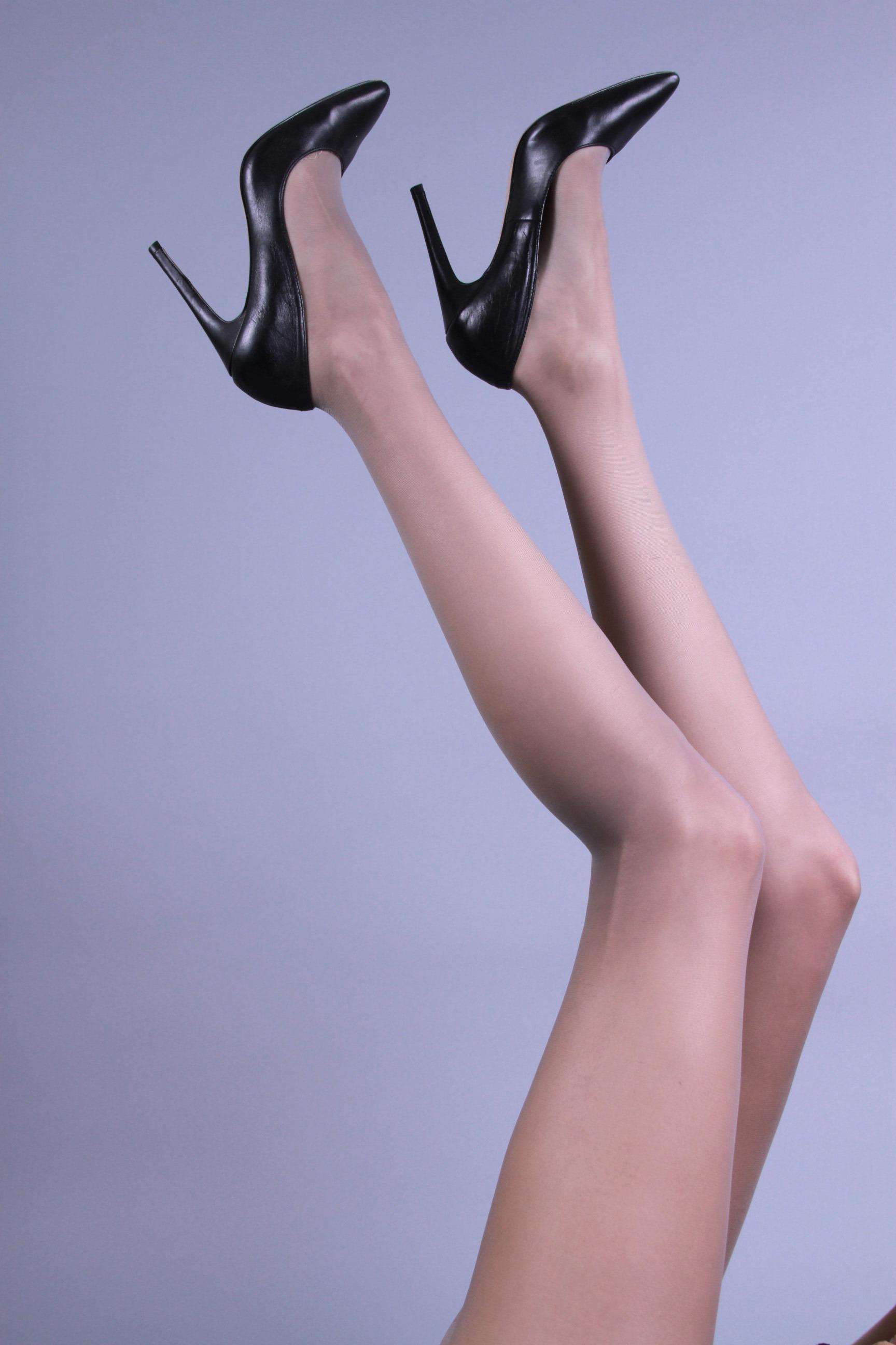 Brea Peck_Legs2