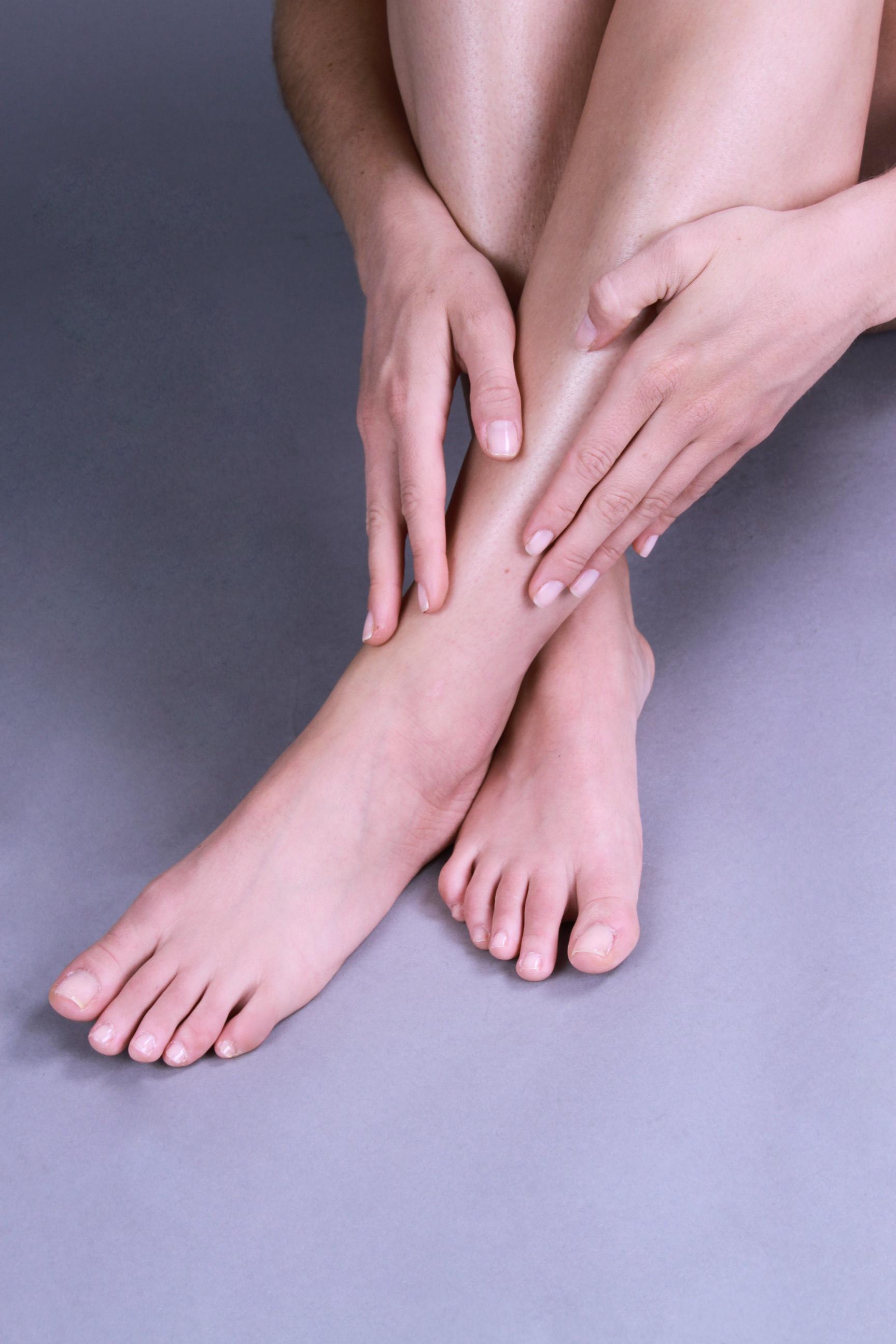 Karina Fontes_Hands+Feet1