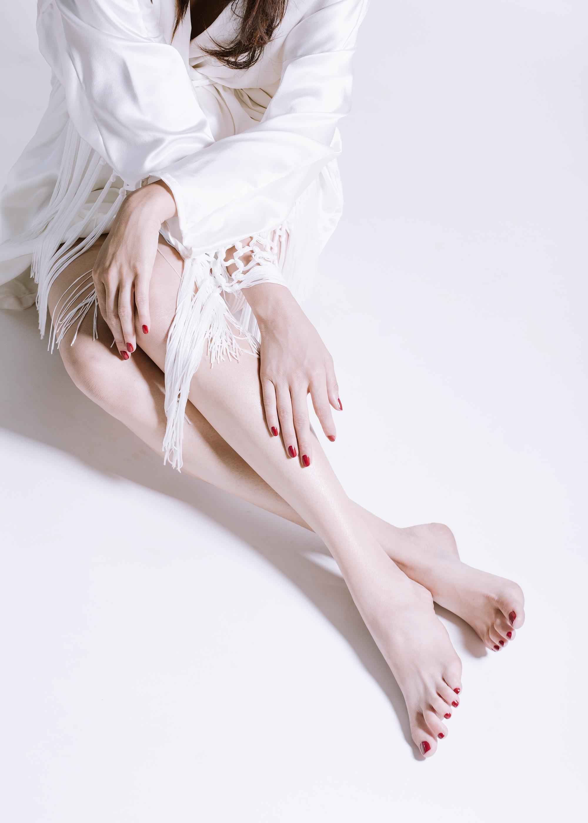 sophia-feliciano_feet2