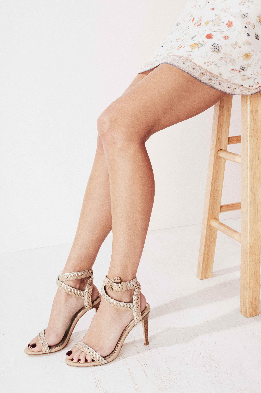 Michelle Taj_Feet2r
