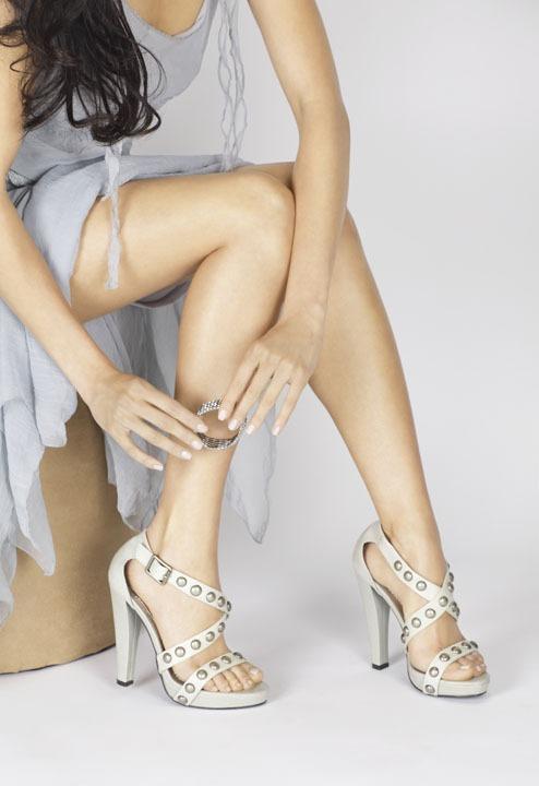 Mei Lloyd_Hands&Feet1