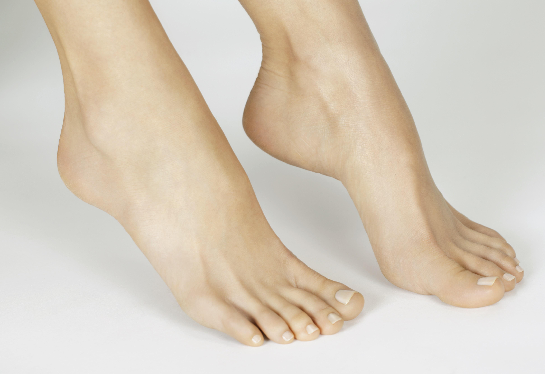 Mei Lloyd_Hands&Feet3