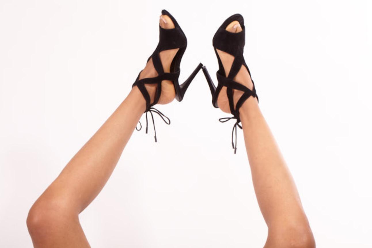 Natasha Wani_Feet2