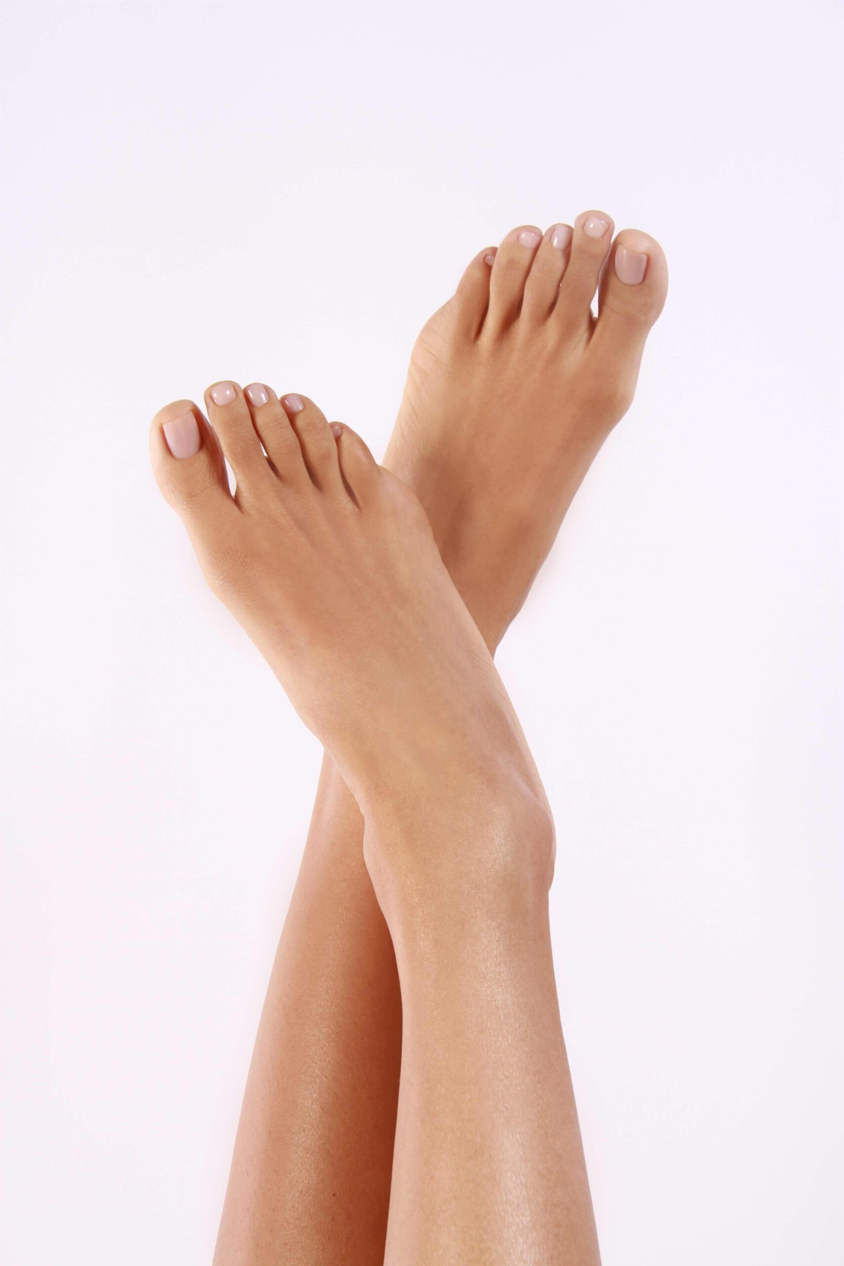 TIffany Bennicke feet