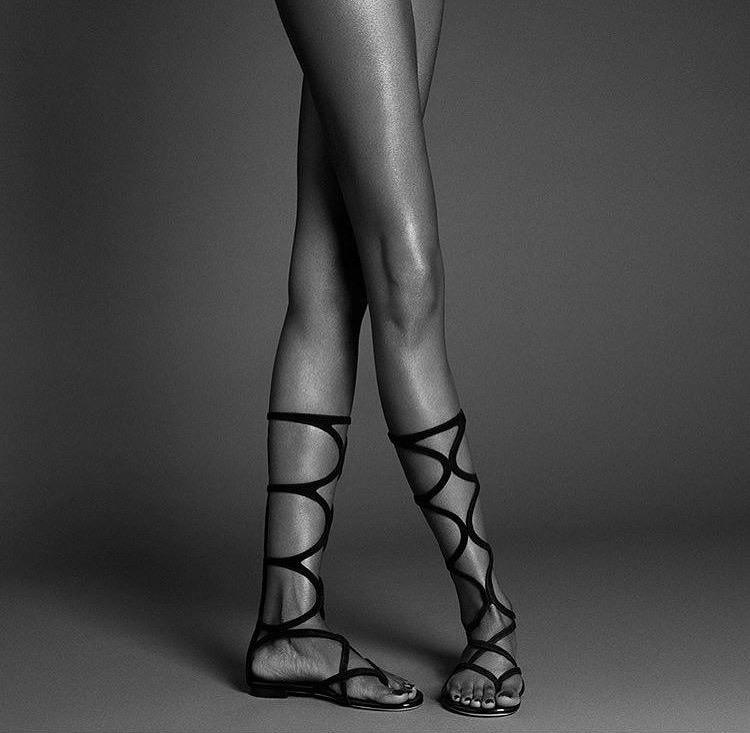 Tia Shipman_Legs3