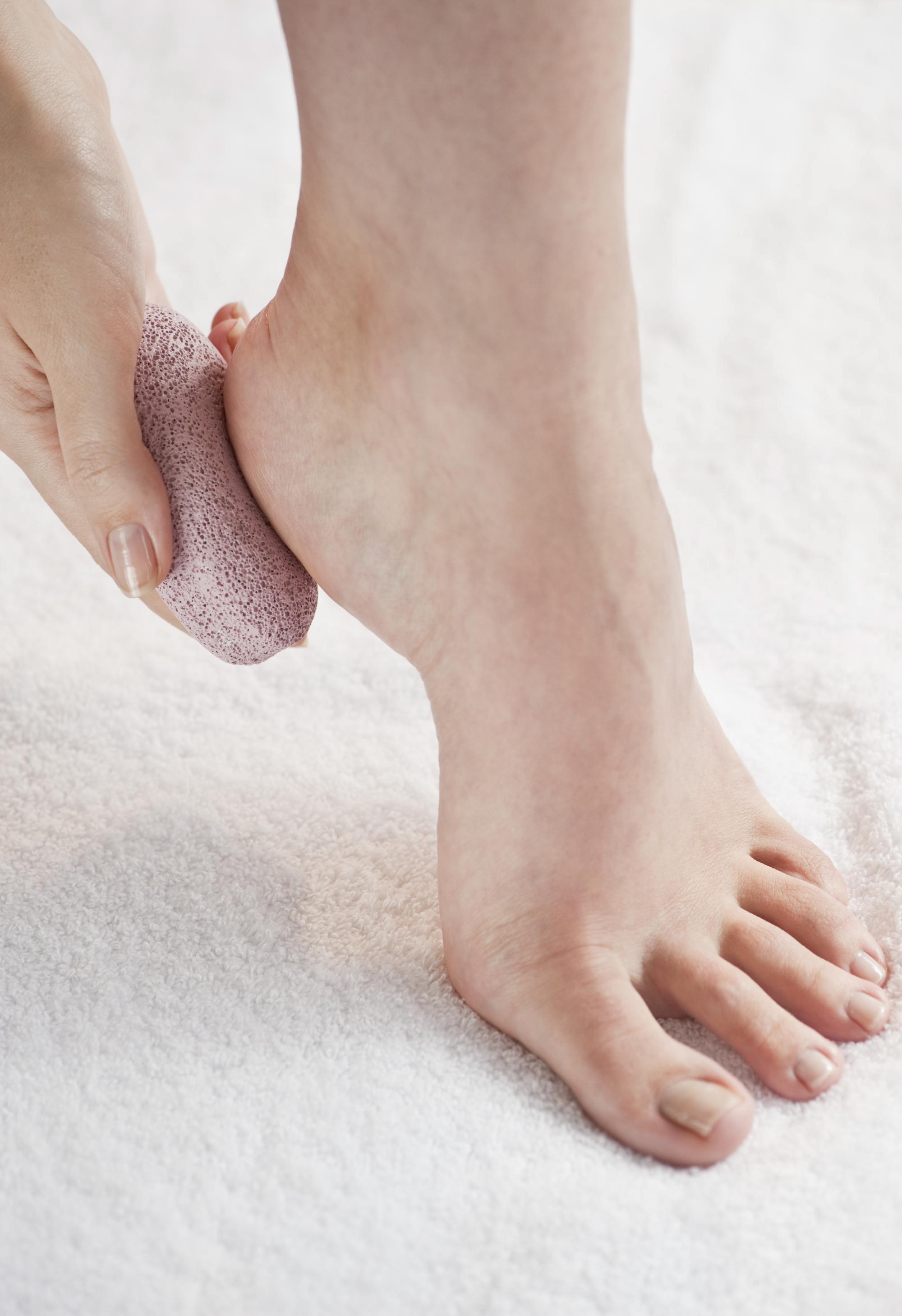 AshlyCovington-Feet-05