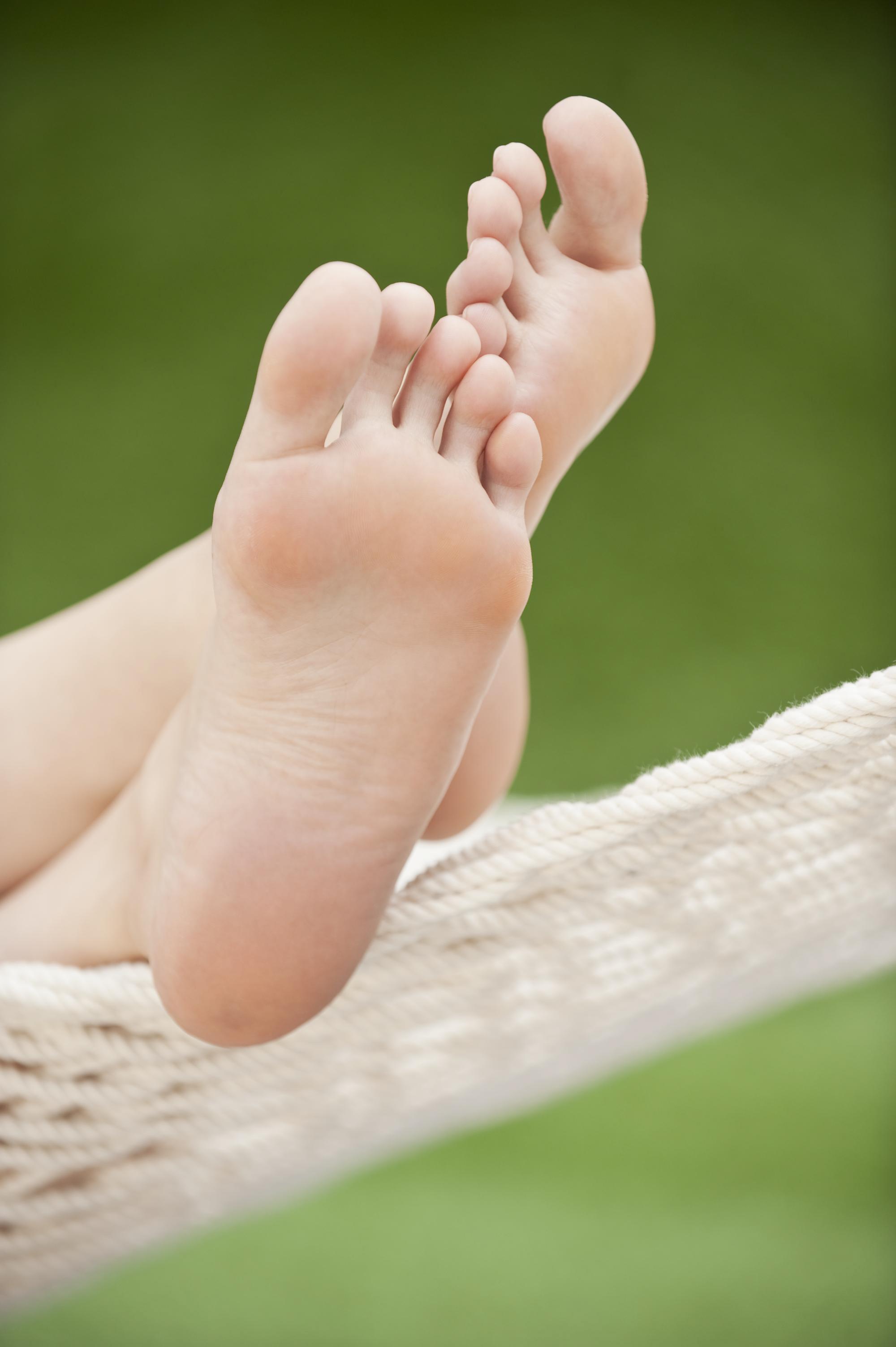 AshlyCovington-Feet-12