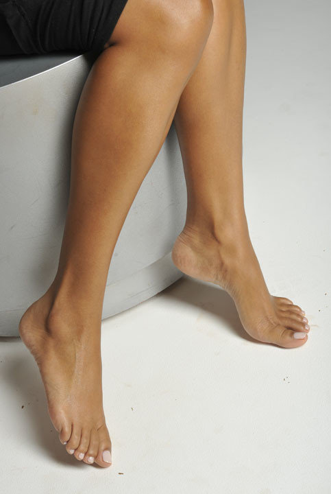 Ariel Peredes_Feet_Print9
