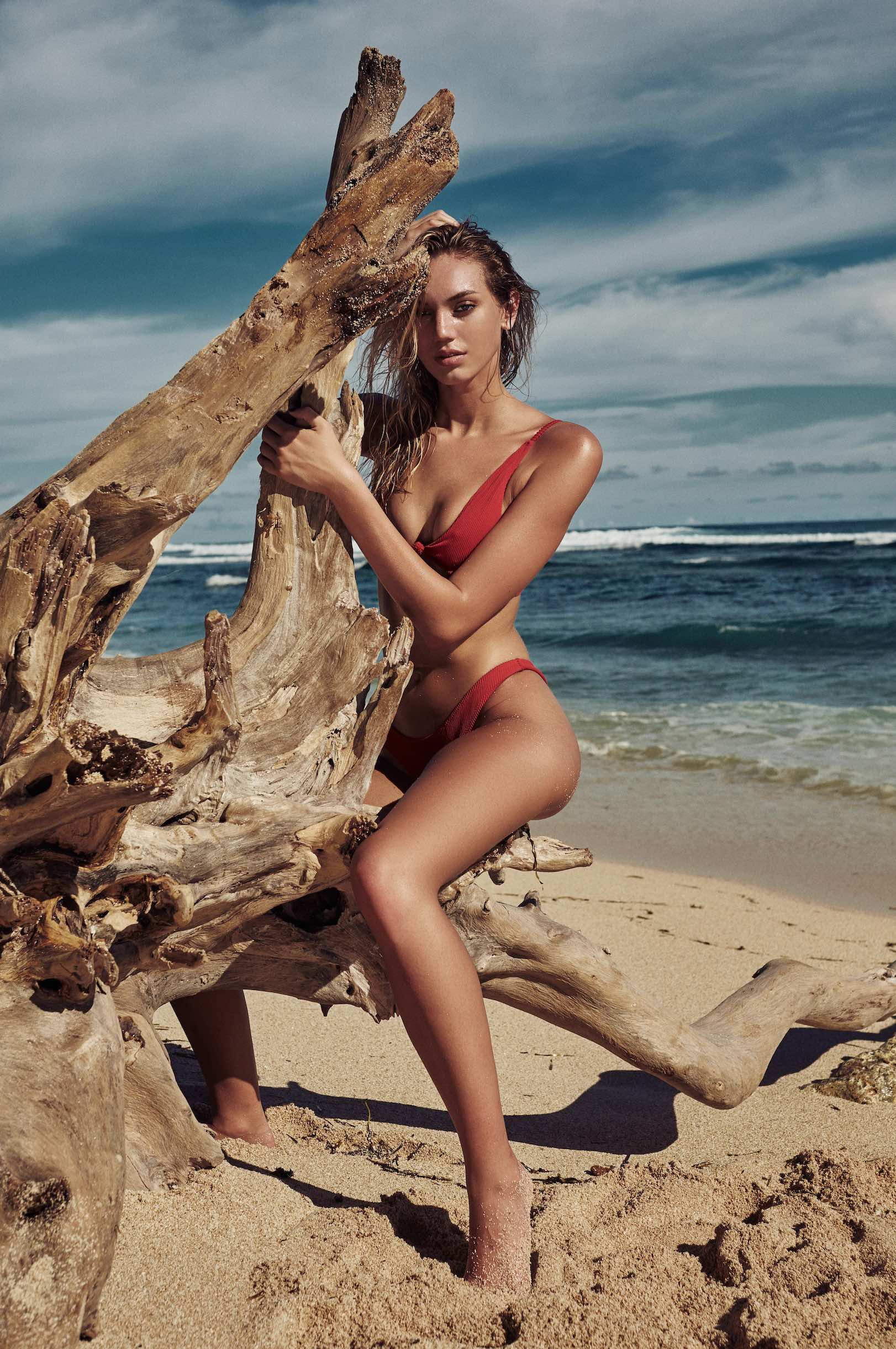 Samantha Stromberg Legs five